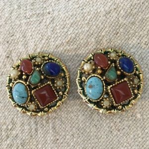 Vintage Multi-Stone Round Gold Tone Clip On Earrin